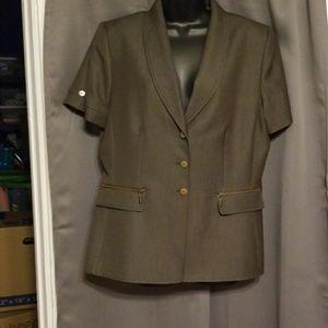 Tahari shortsleeve blazer size 12